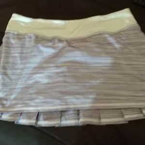 Lululemon .. Biker Ruffle back Sports Skirt Skort